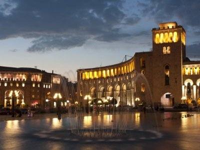 Armenia, Yerevan, Republic Square400x300
