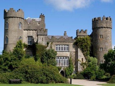 Dublin_Malahide Castle400x300