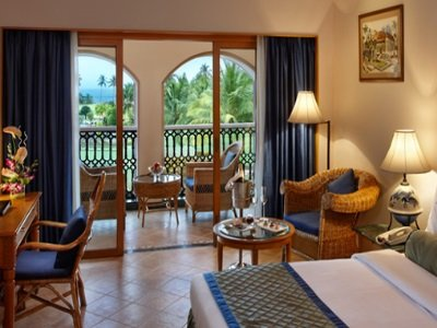 Intia_Kenilworth Beach Resort & Spa Goagarden-view-rooms-goa_400x300