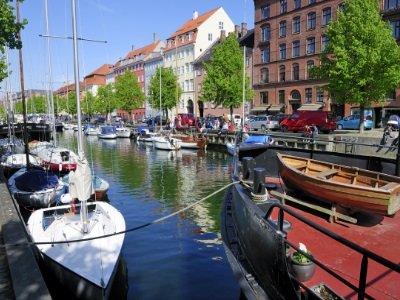 Kööpenhamina_Christianshavn in Copenhagen400x300