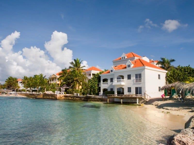 Curacao_Avila_LaBelleAlliance overview_800x600