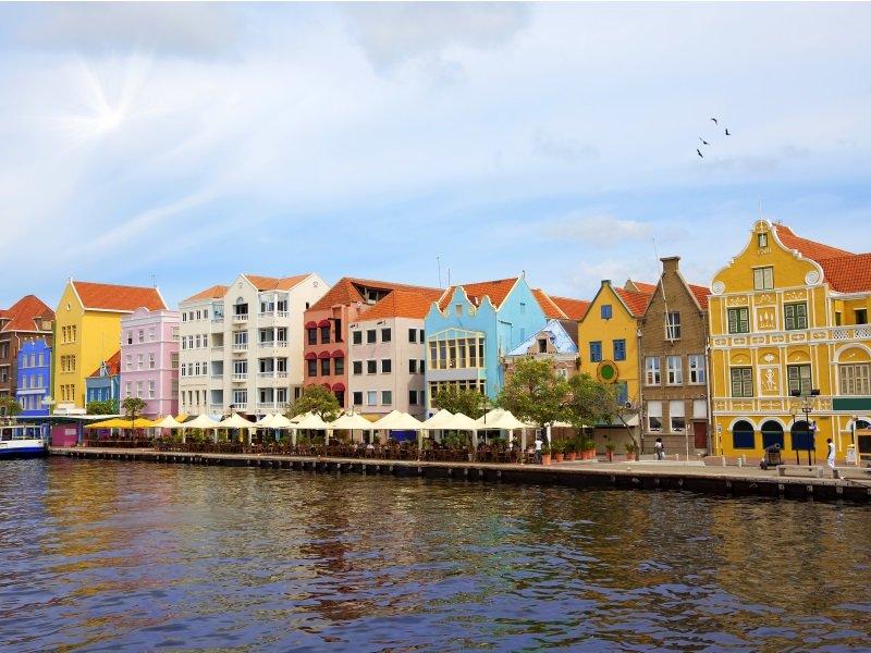 Curacao_kaupunki_800x600