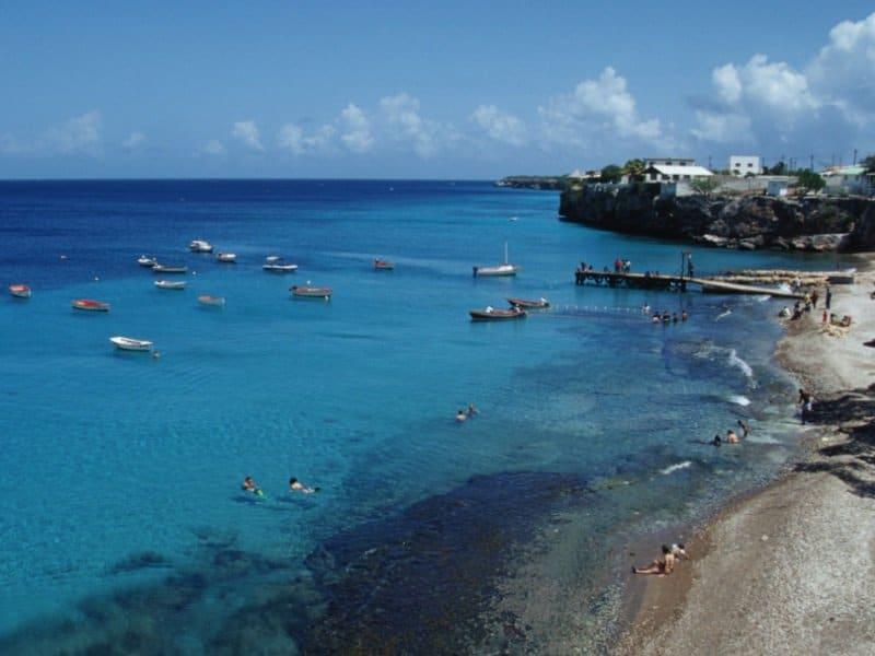 Curacao_meri_laivat_800x600
