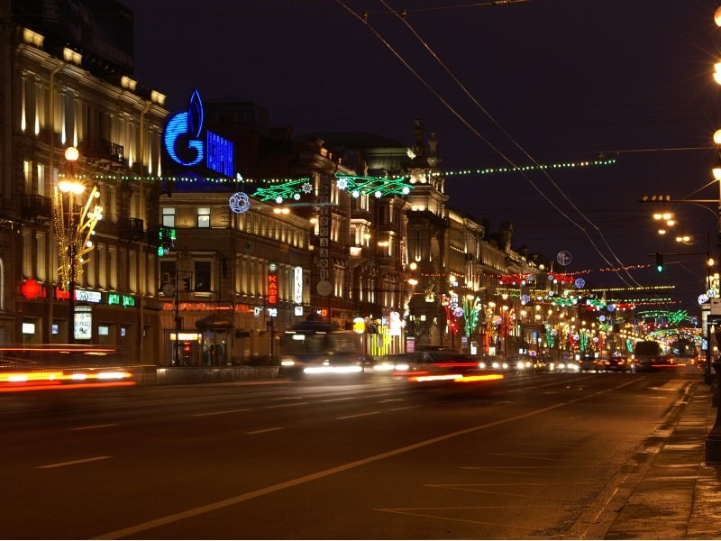 Pietari_Nevsky Prospect - the main street of Saint Petersburg, Russia_800x600