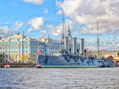 Pietari_St. Petersburg, Russia, Aurora cruiser, the battleship sparked Great October Communist Revolution in 1917_800x600