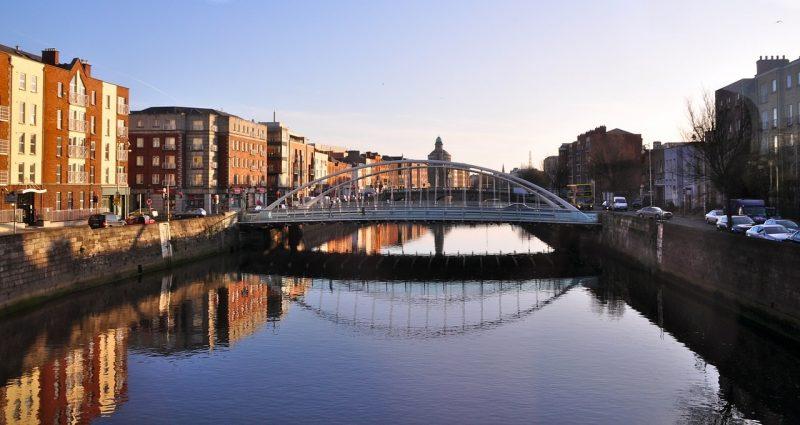 Irlanti-Dublin-silta-1280