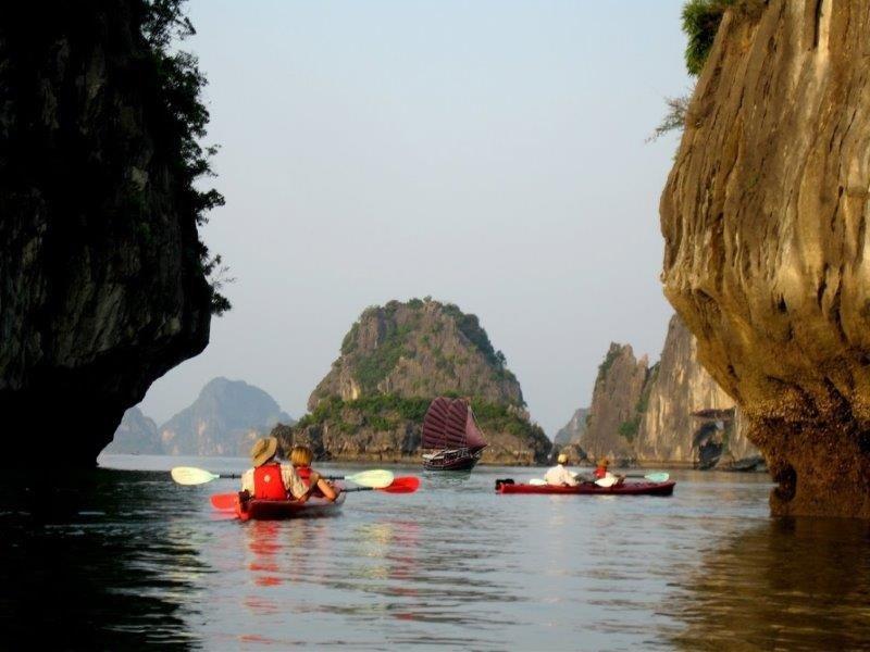 Vietnam kanootit_800x600