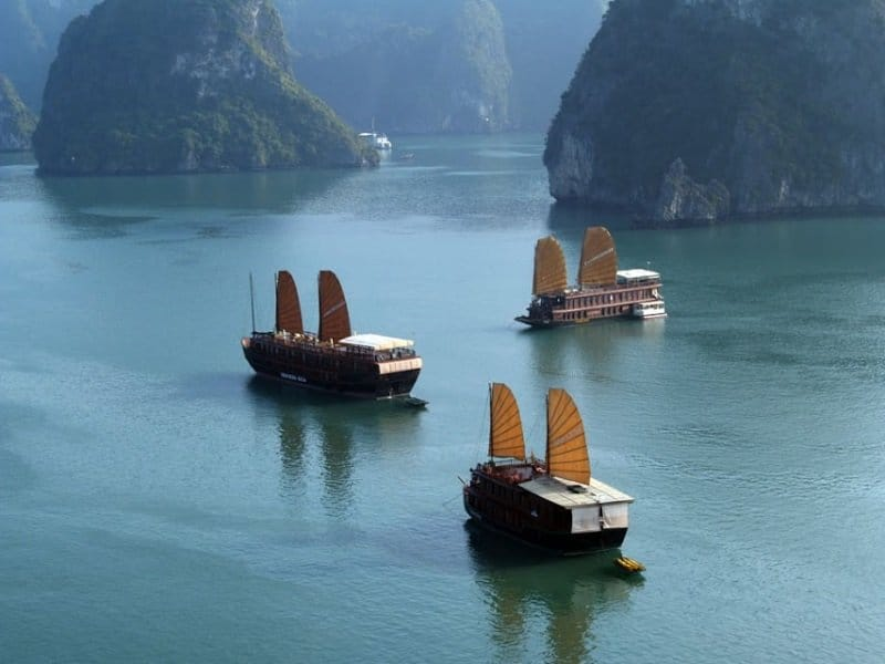 Vietnam_Hang-Long-Bay3_800x600.jpg
