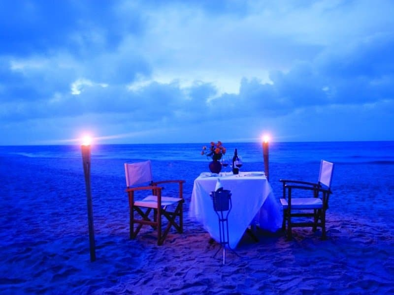 Vietnam_sininen hetki_pöytä_800x600