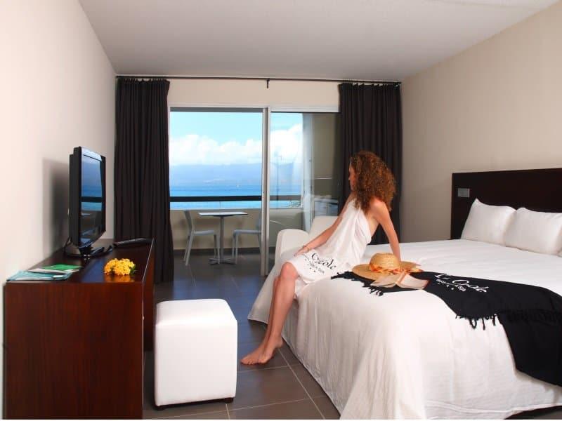 Guadeloupe_Chambre-Mahoganyhotel_05_800x600
