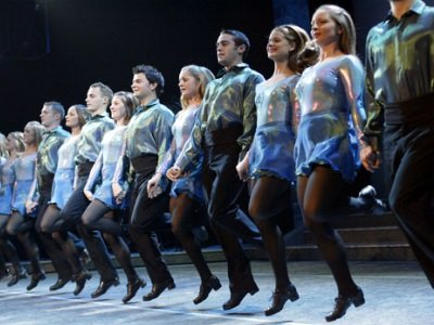 Irlanti_riverdance_Scancoming400x300