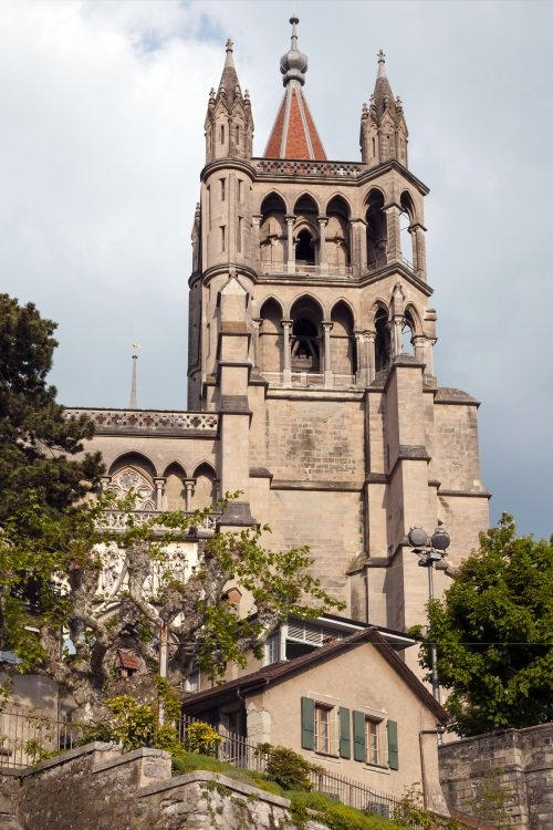 Sveitsi_cathedral of Lausanne500