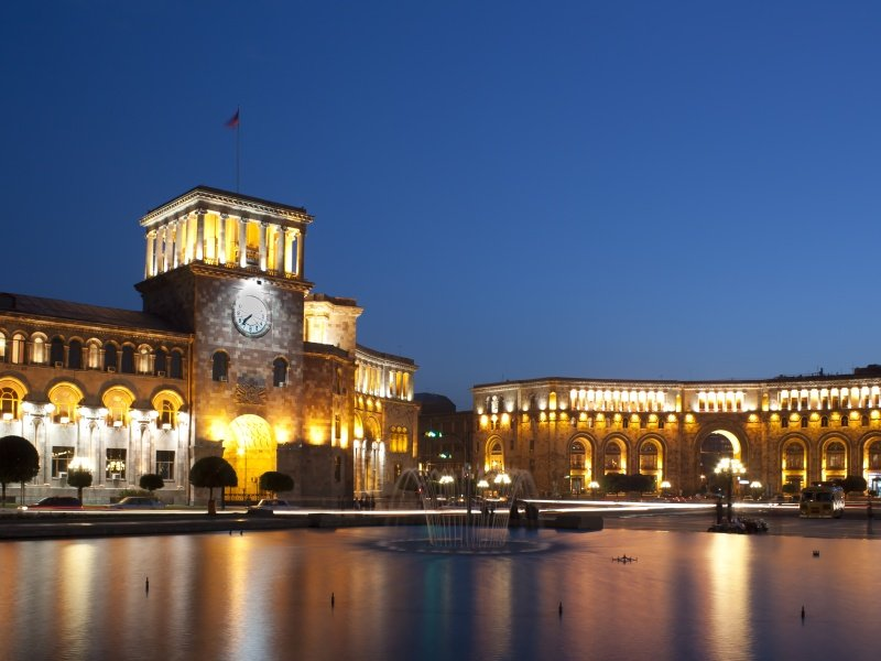 Armenia_Rebublic square_800x600