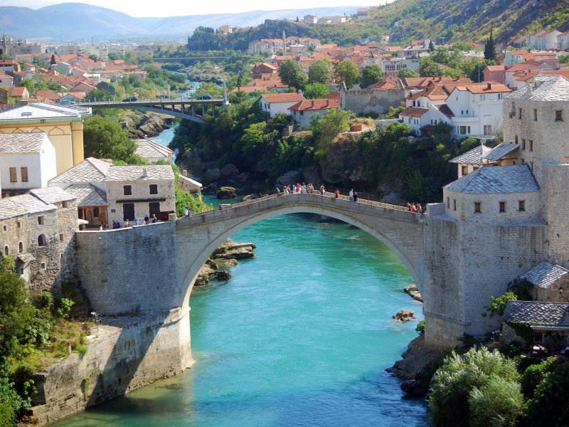 Bosnia-Herzegovina_The Old Bridge, Mostar_800x600