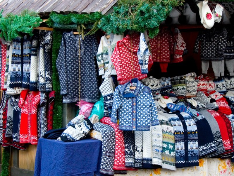 Christmas market_warm clothes_800X600