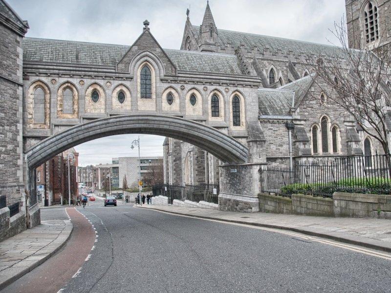 Dublin, Ireland Cityscape and Architecture_800x600