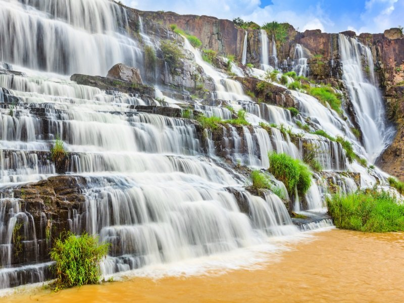 Vietnam_Beautiful Pongour waterfall in Vietnam_800x600
