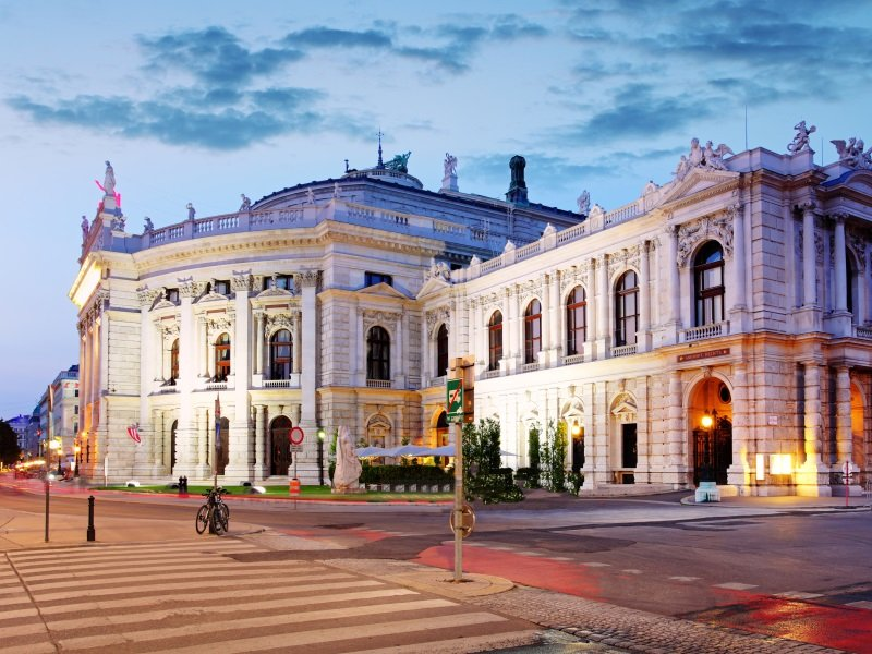 Wien_state Theater Burgtheater_800x600