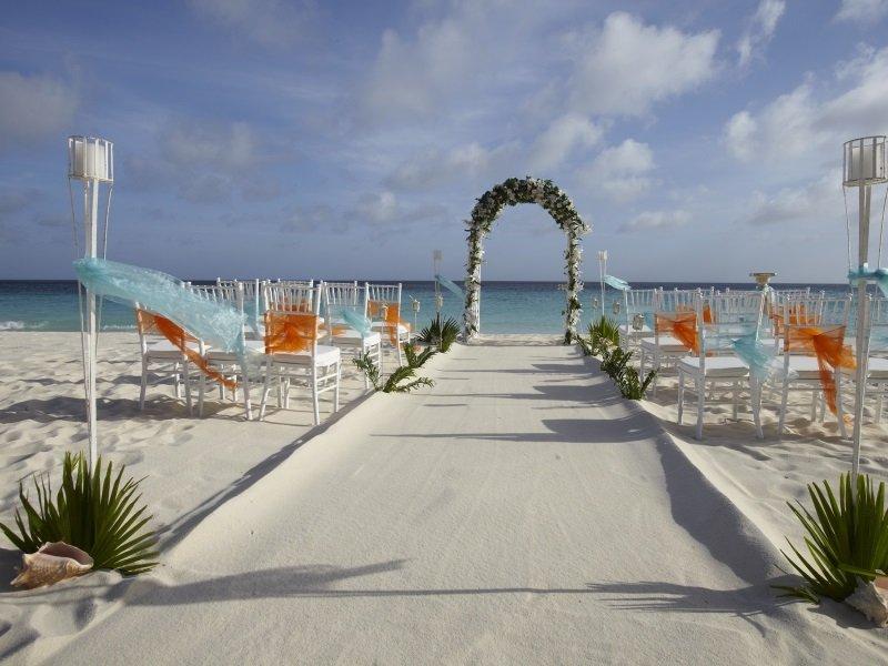 Aruba_Divi Aruba Wedding Setup_800x600