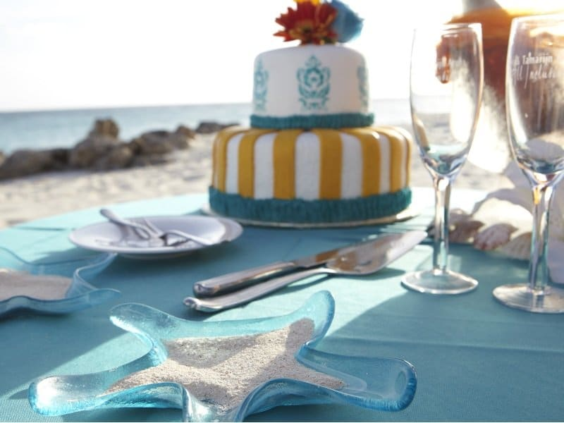 Aruba_Divi Aruba Wedding Table_800x600