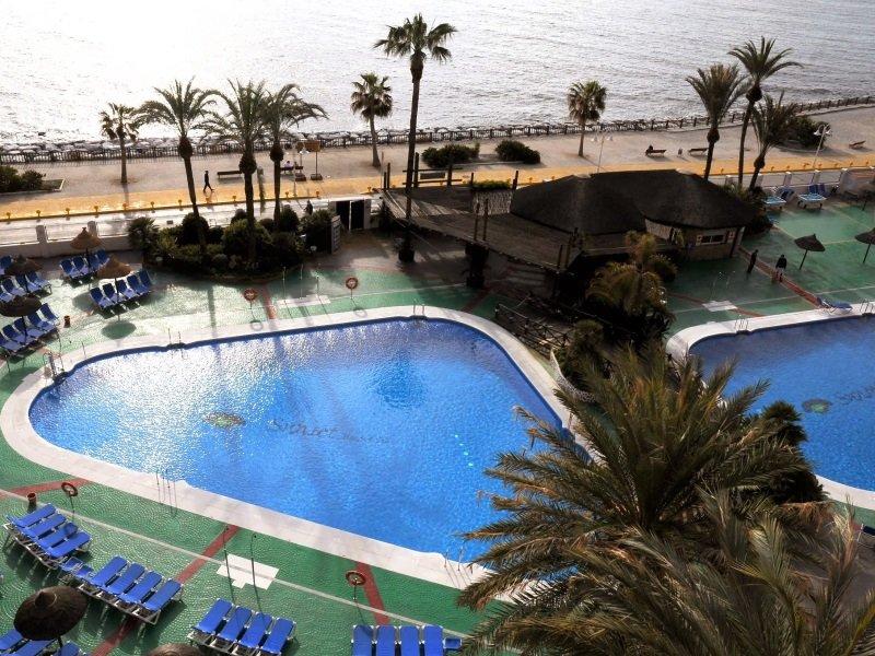 Espanja_SUNSET BEACH HOTEL_allas3_800x600
