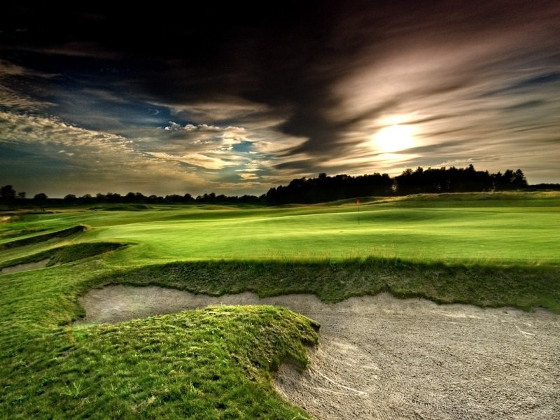 Puola_Sand Valley_Golf_Green_18_800x600