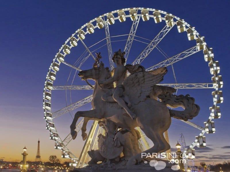 Ranska_Pariisi_Ratsastaja ja pyörä_800x600
