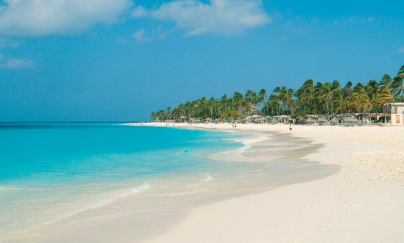 Kymenmatkat_Aruba_Divi_Beach