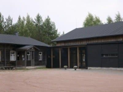 Miehikkala_salpalinja_museo_400x300