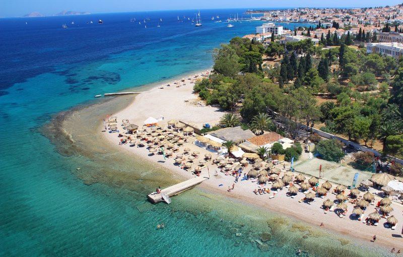 Kreikka_Spetses_Kaiki_beach_800x600