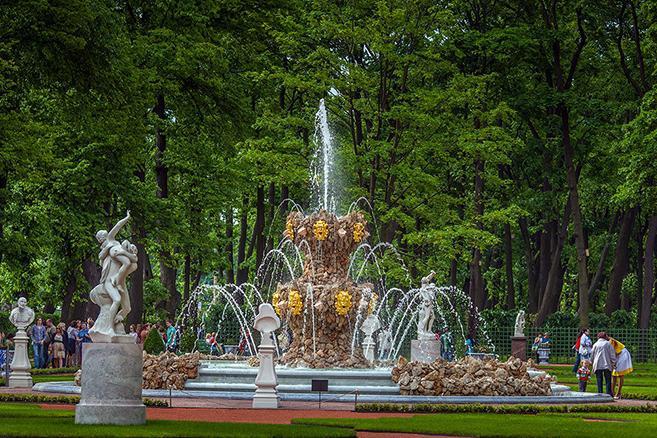 Venäjä_Pietari_Kesäpuisto