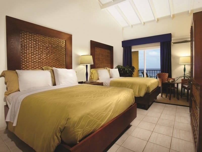 Bonaire_Divi_Flamingo_Beach_Resort_Casino_Deluxe_Room_800x600