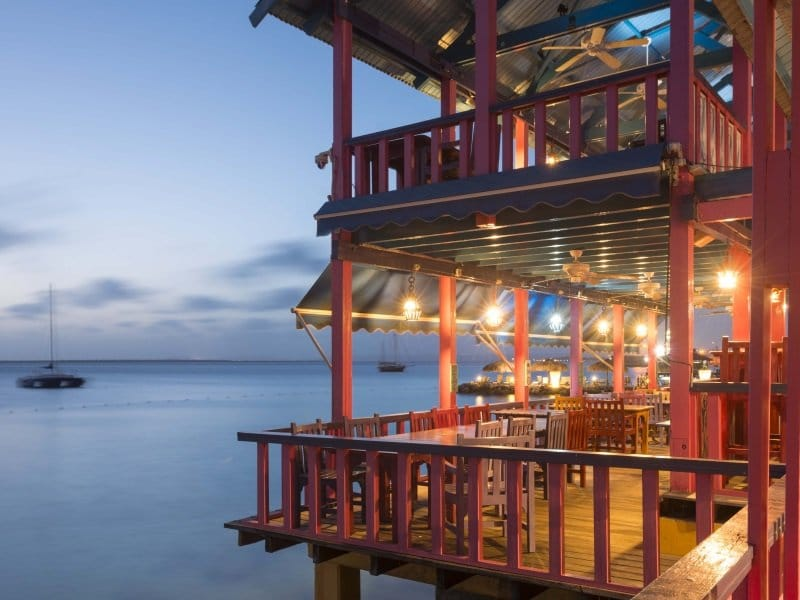 Bonaire_Divi_Flamingo_Beach_Resort_Casino_Restaurant_Chibi_Chibi_800x600
