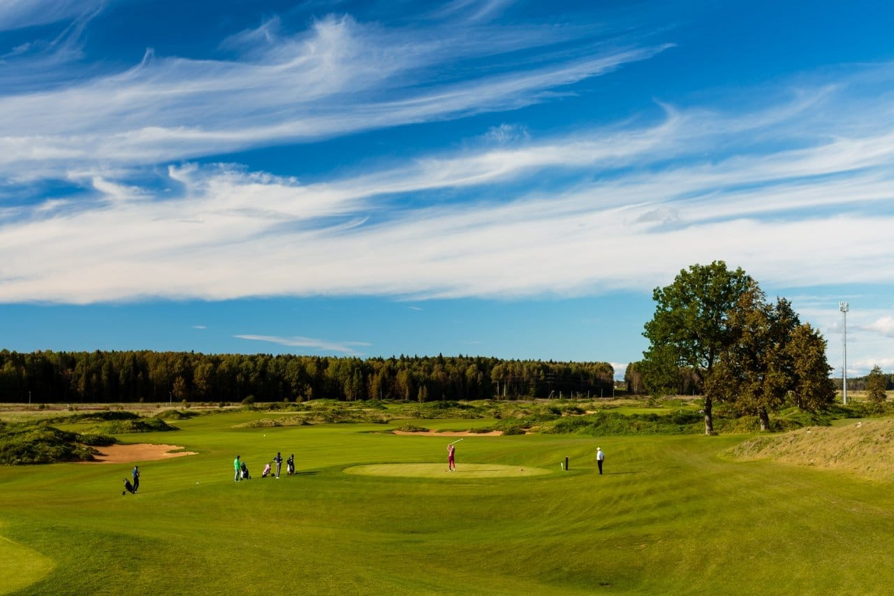Pietari-Gorki-Golf-Club-kenttä2