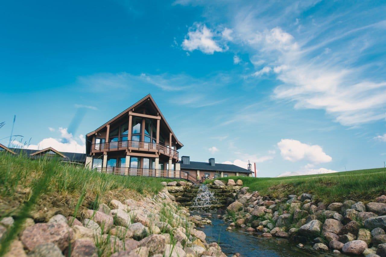 Pietari-Gorki-Golf-Club-paviljonki2-