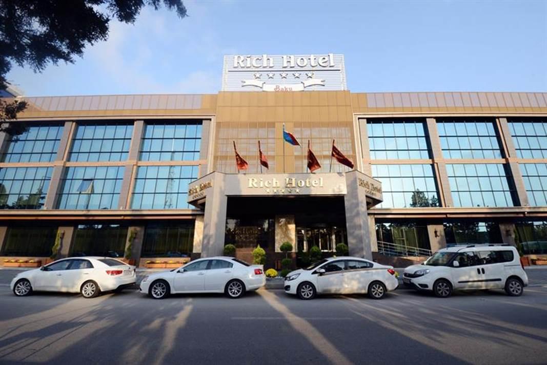Baku-Azerbaijan-Rich hotel-ulko2