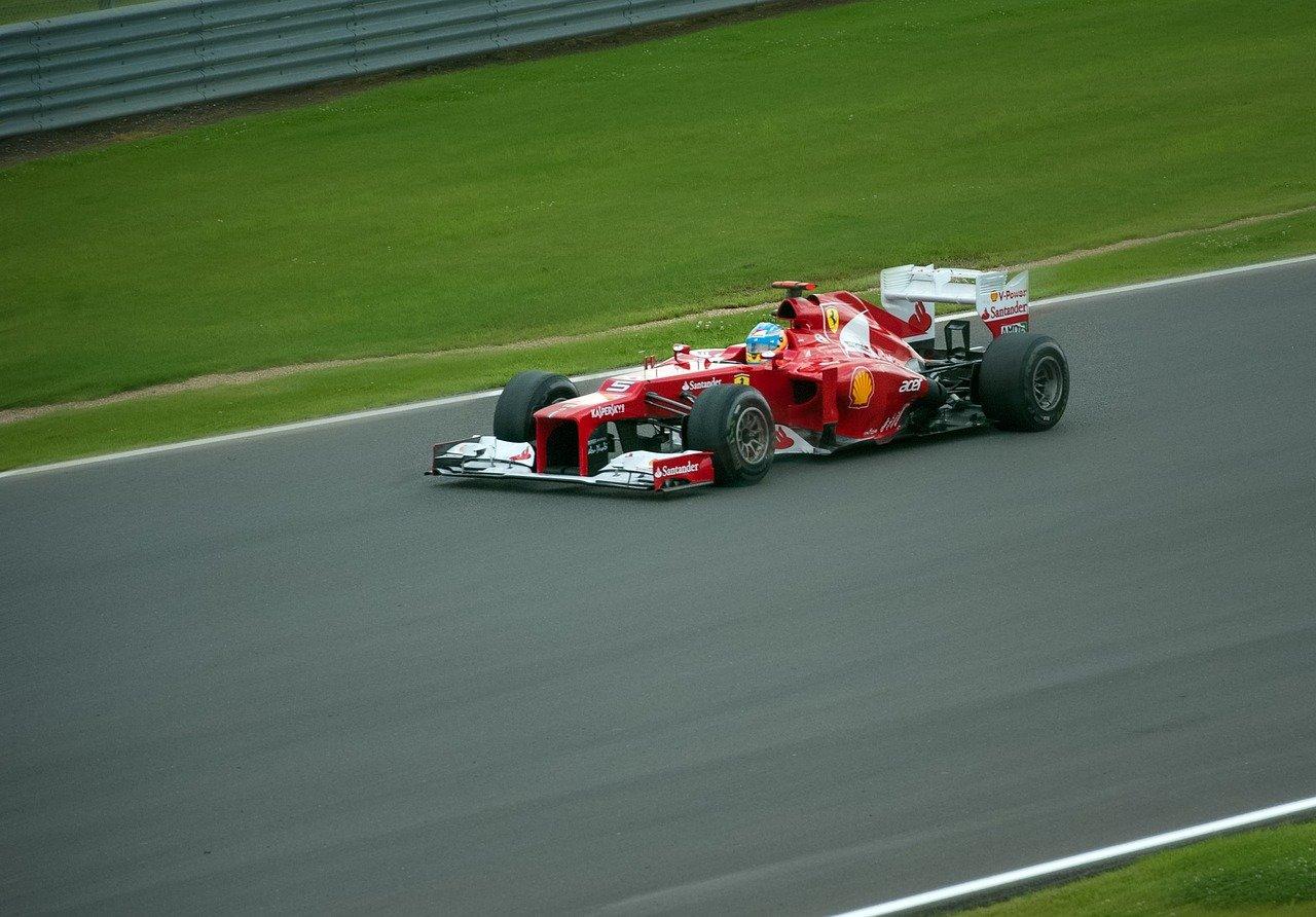 Formula-1-ferrari-3_1280