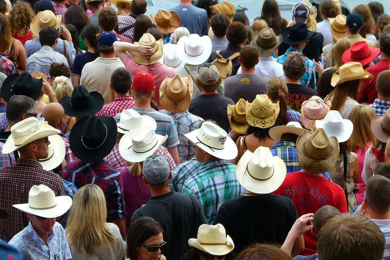 Kanada-calgary-crowd-1280