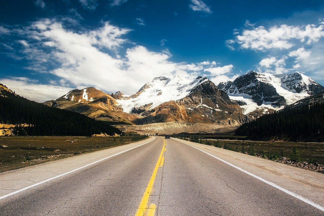 Kanada-icefields-parkway-1280