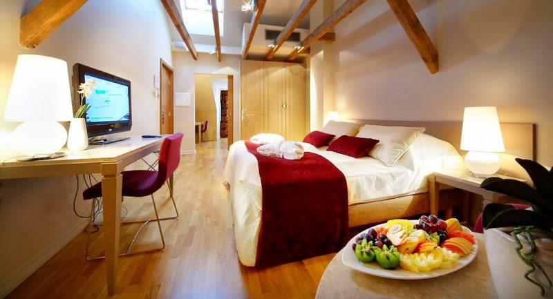Latvia-Riika-Opera-spa-htl-suite_room_