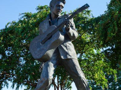 USA-memphis-Elvis-1920