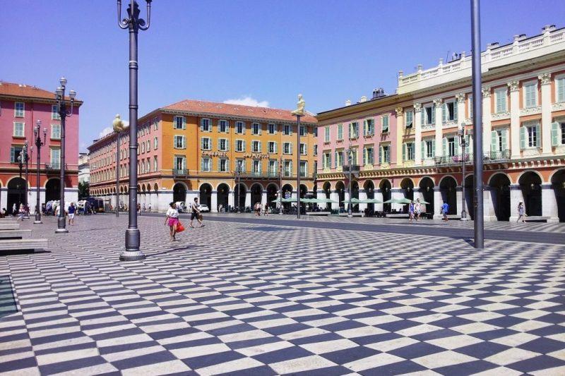 Ranska Nizza kaupunkiloma
