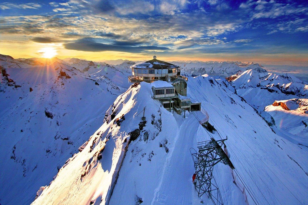 Sveitsi patikointia ja seikkailua ryhmämatka