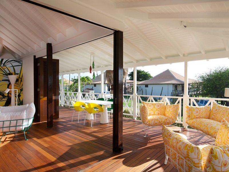 Papagayo Beach Resort huvilan terassinäkymää