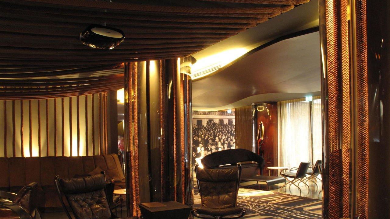 Portugal-Porto-hotel-teatro-porto-galleryhotelteatro_barplateia_1