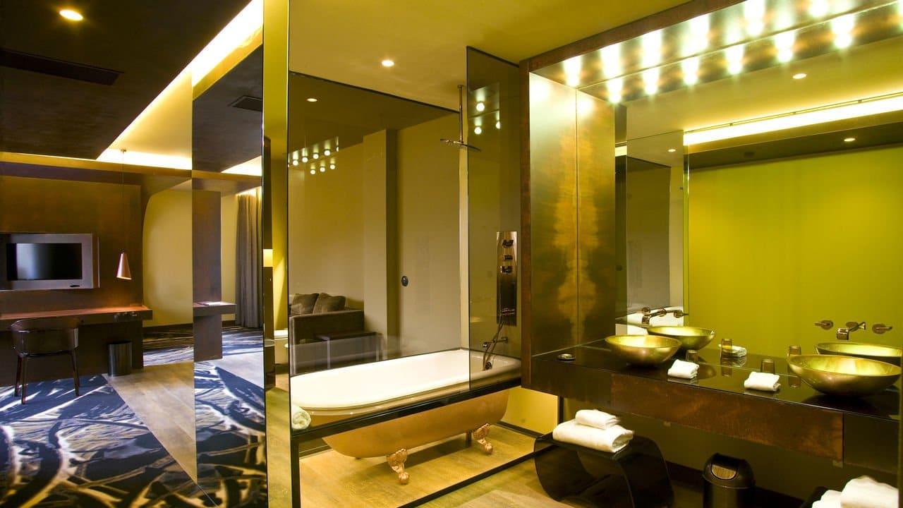 Portugal-Porto-hotel-teatro-porto-galleryhotelteatro_room_suite_4