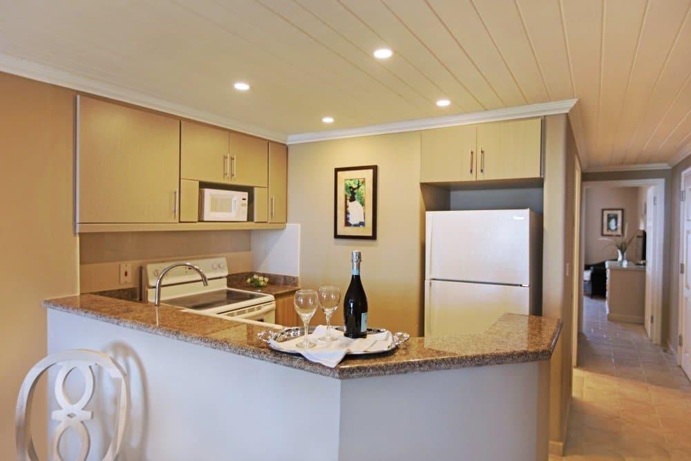 Barbados-Bougainvillea-deluxe-one-bedroom-suite-kitchen_0