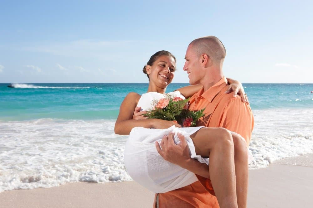 Barbados_EM_bougainvillea_couple-1000