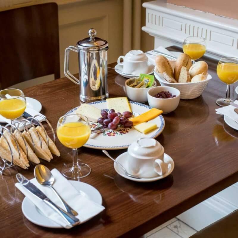 Irlanti-Dublin-albanyhouse_aamiainen