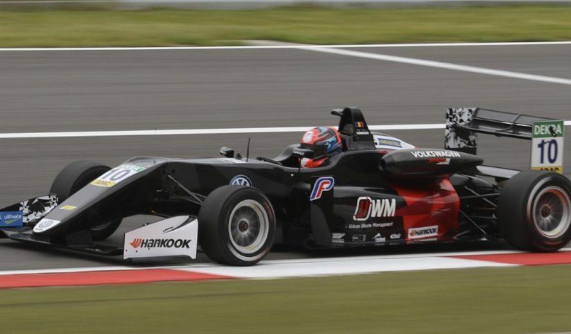 Formula-1-racing-iso